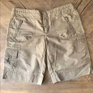 GAP Lightweight Shorts